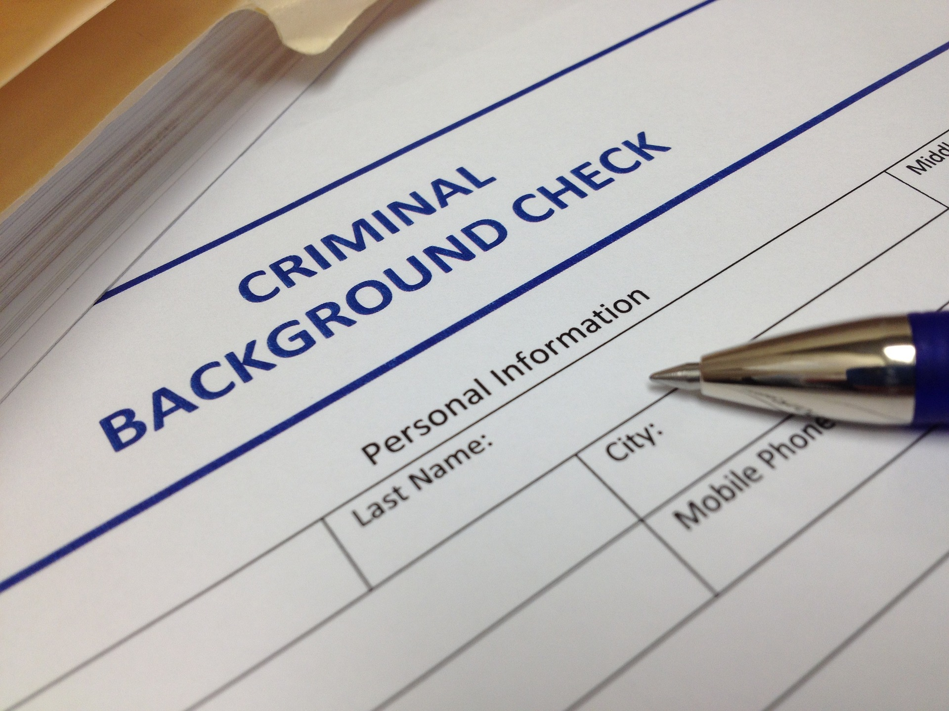 Comprehensive Criminal Employee Background Checks vs. Database-Driven Background Checks